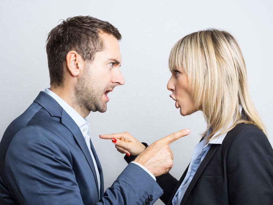Ein Bruder und eine Schwester streiten sich ums Erbe.